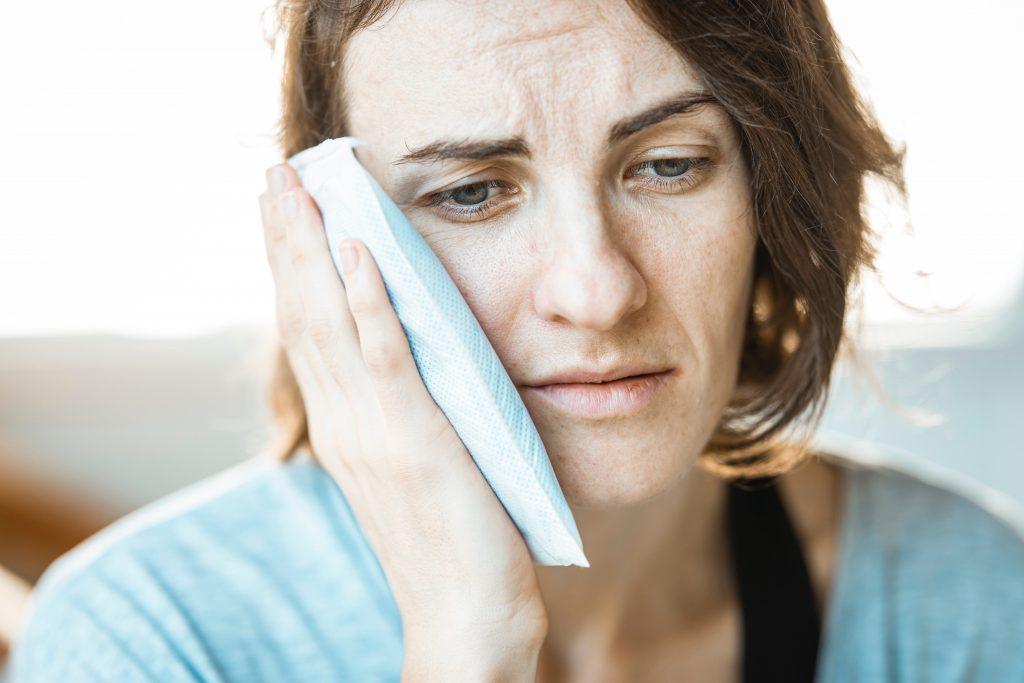 Wenn die Ohren bluten! Schlechte Tonqualität schadet Stimme und Gehör.